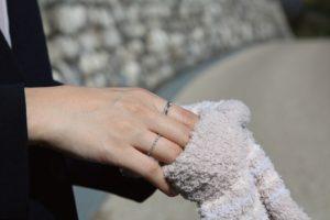 手袋とリング2